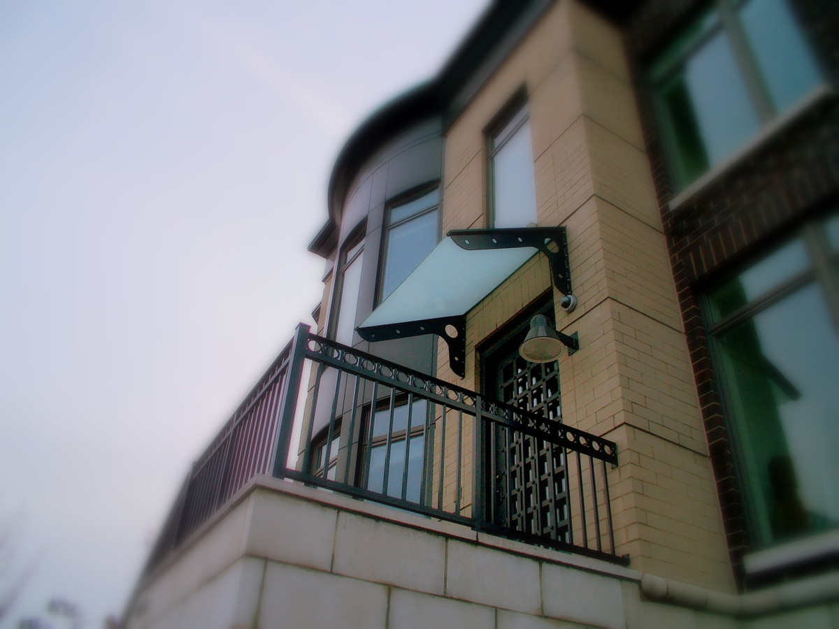 TYPICAL ENTRY CANOPY DETAIL