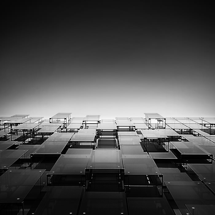 'Glass symphony', office building EUR district, Rome. © Pygmalion Karatzas
