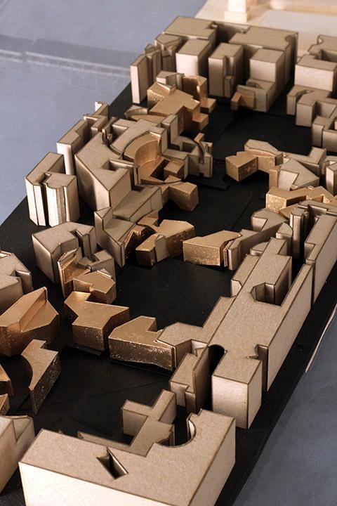 Rowe 1: Model