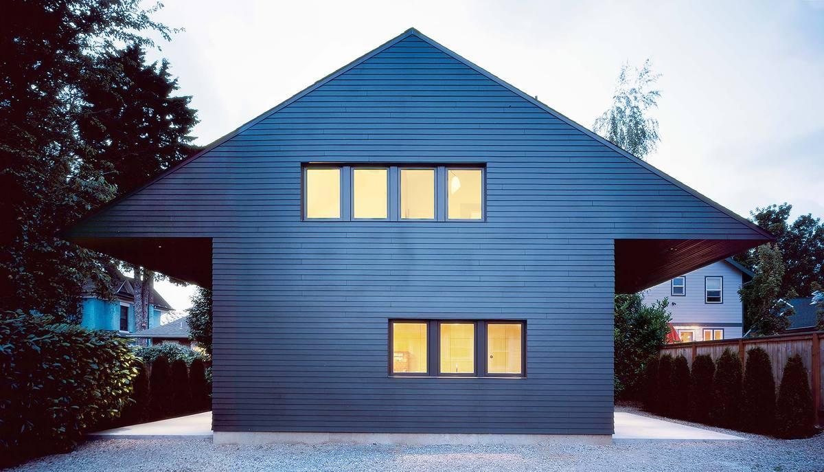 waechter architecture release iconic house design portland surprisingly spacious