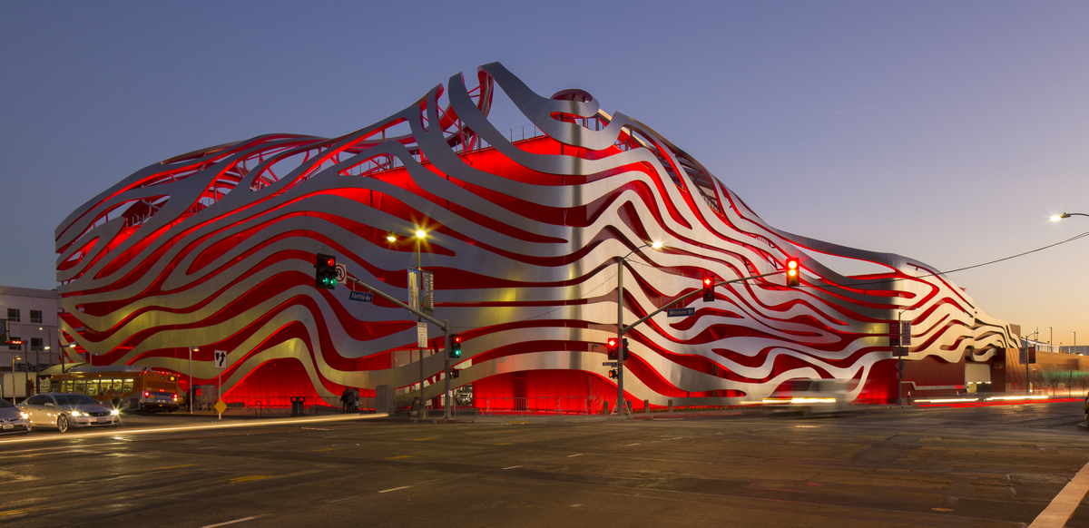 The Petersen at night (image via The Petersen Automotive Museum)