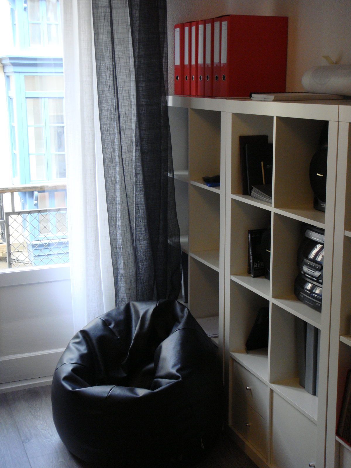 Work room image 1