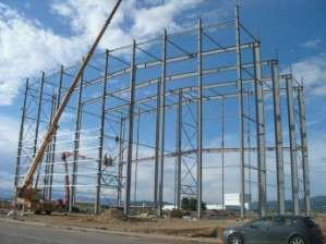 Assembling the structure of the silos tower.