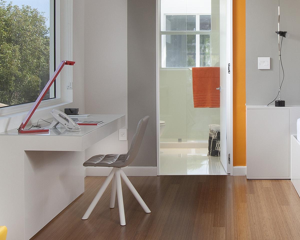 Children's Bedroom / Custom Desk Detail - Miami Interior Design