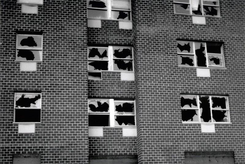 Gordon Matta-Clark, Window Blowout. 1976