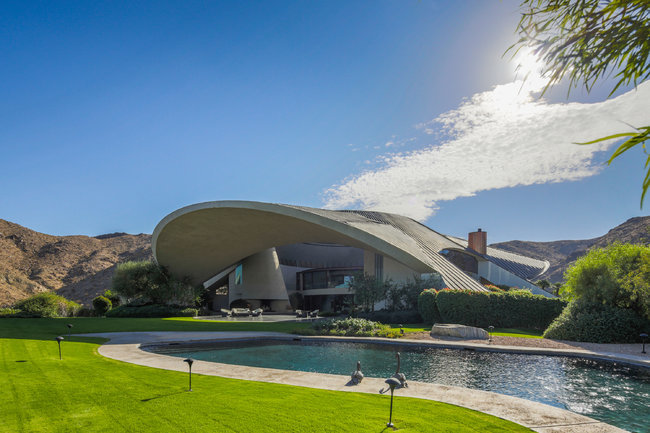The 23,366-square-foot home was designed in 1973 by the California Modernist architect John Lautner photo by Brian Thomas Jones