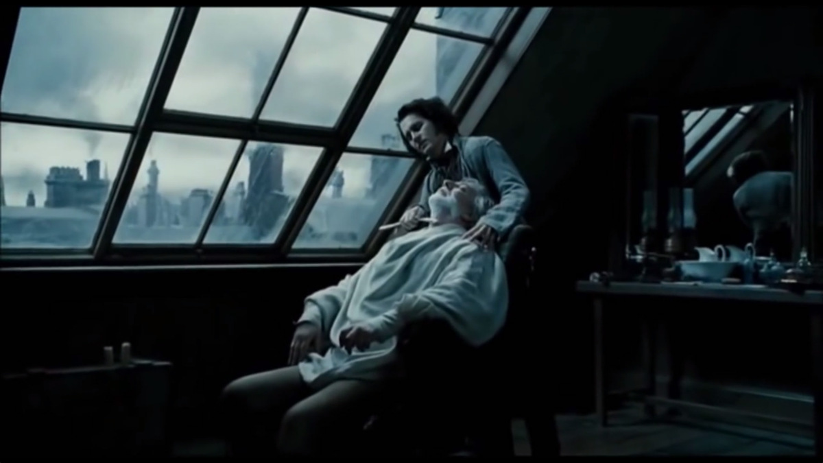 Screenshot from Sweeney Todd's