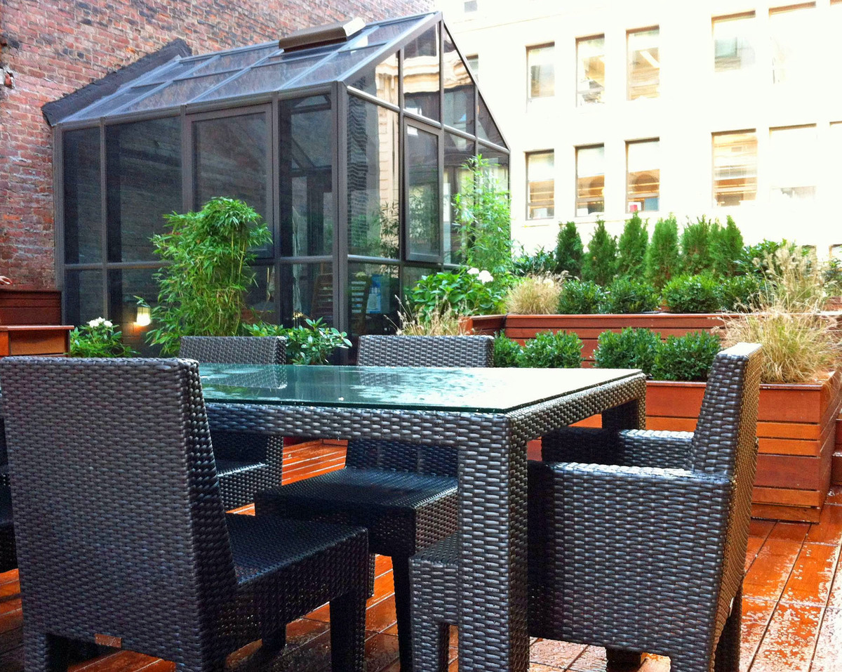 Nyc landscape design gramercy park rooftop terrace for Terrace garden images