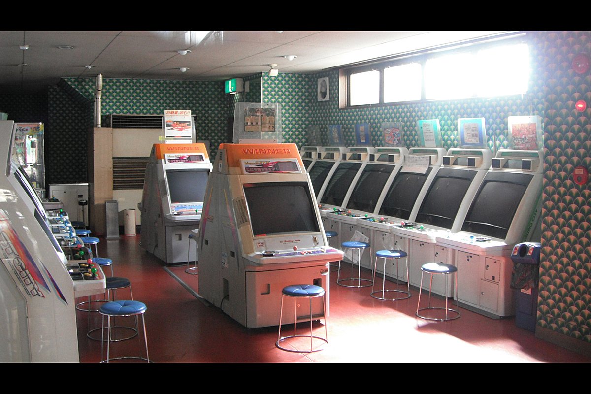 A photo I took in Ise, Japan of a closed arcade I noticed while passing through the area.