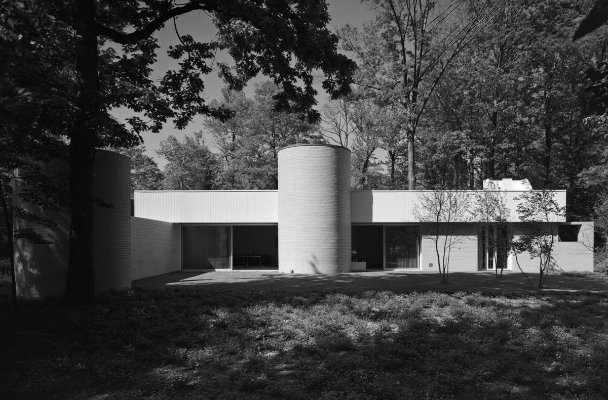 Credit: Ezra Stoller via Richard Meier Architects