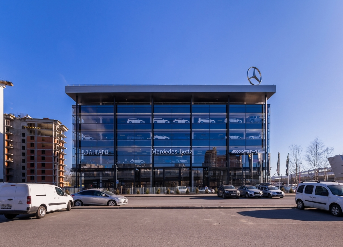 The mercedes benz dealership a len archinect for Mercedes benz dealership locations