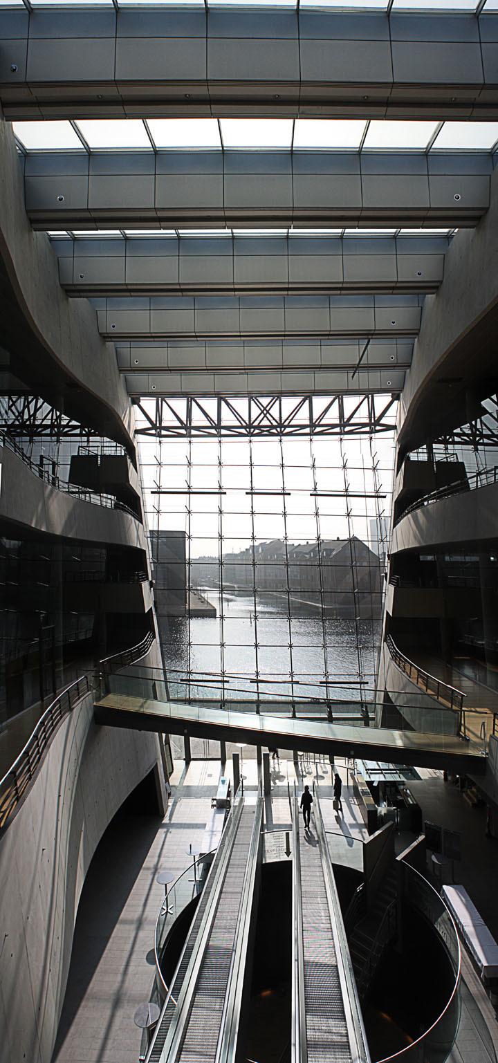 Black Diamond addition to the Royal Danish Library