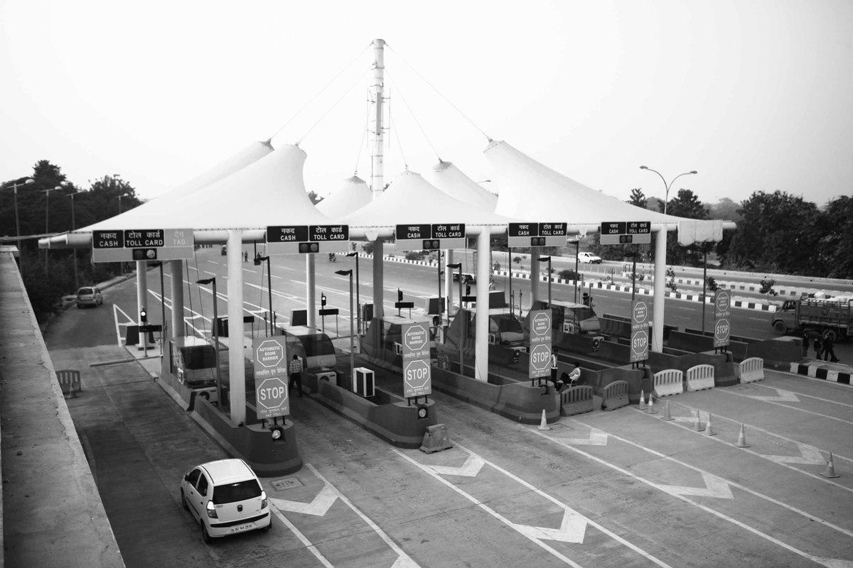 White apron gurgaon - Toll Plaza Delhi Gurgaon And Igi