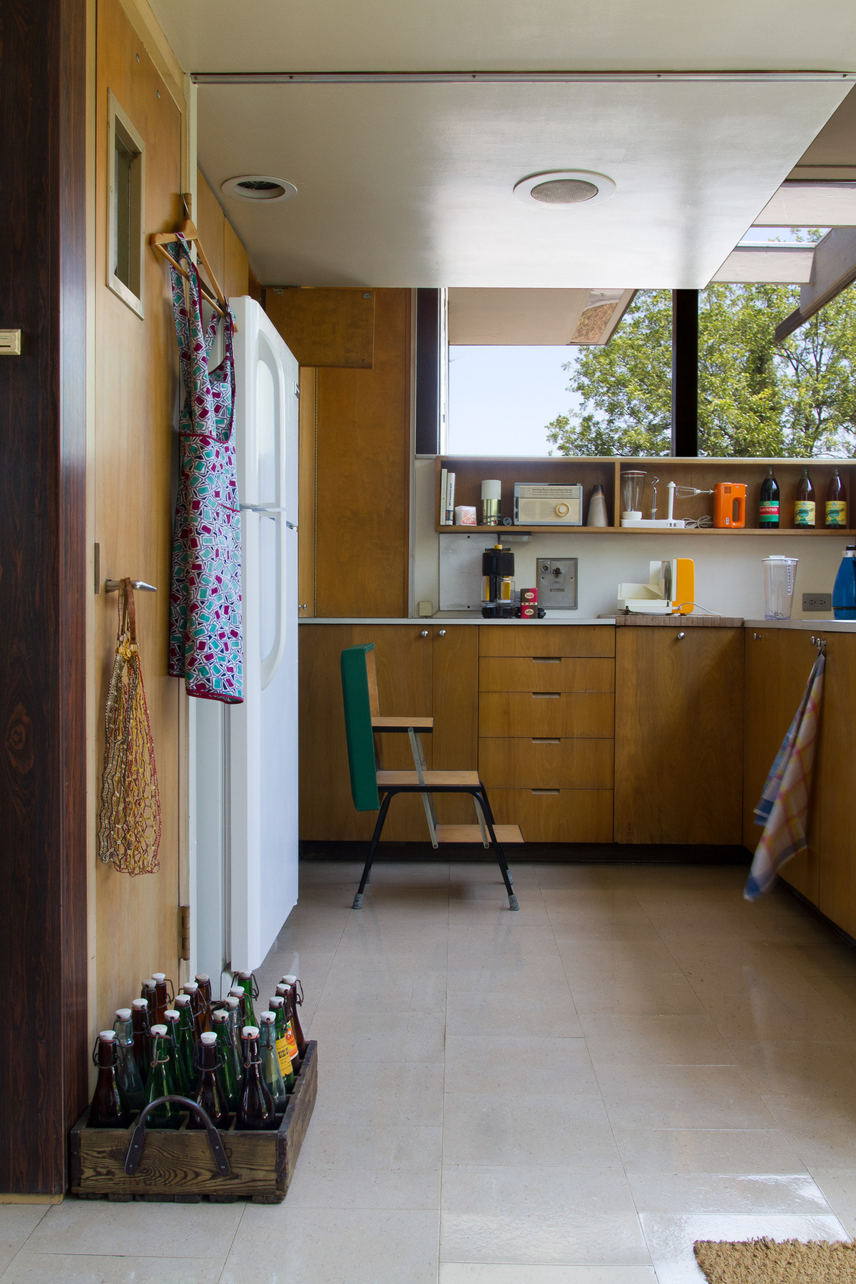 The VDLs kitchen in Competing Utopias, photo by David Hartwell, courtesy of Sarah Lorenzen.