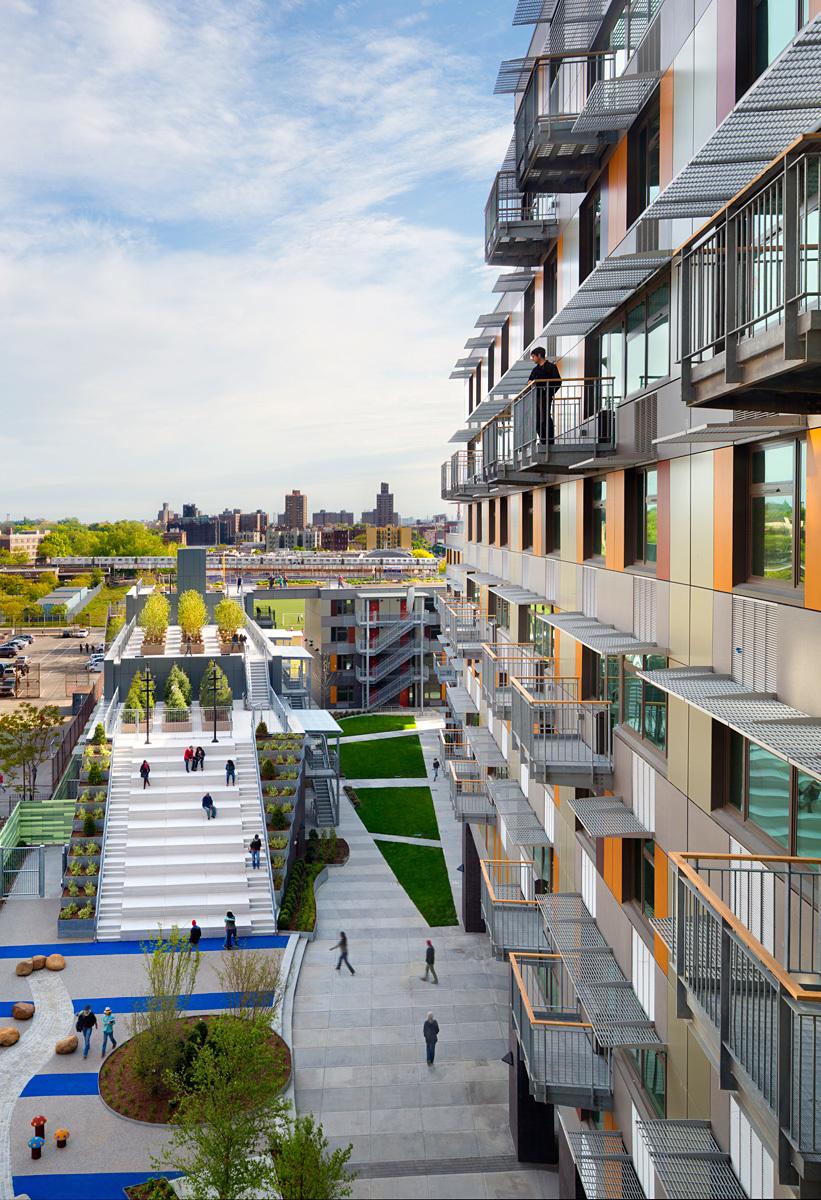 Via Verde - The Green Way; Bronx, New York by Dattner Architects and Grimshaw Architects (Photo: David Sundberg/ESTO)