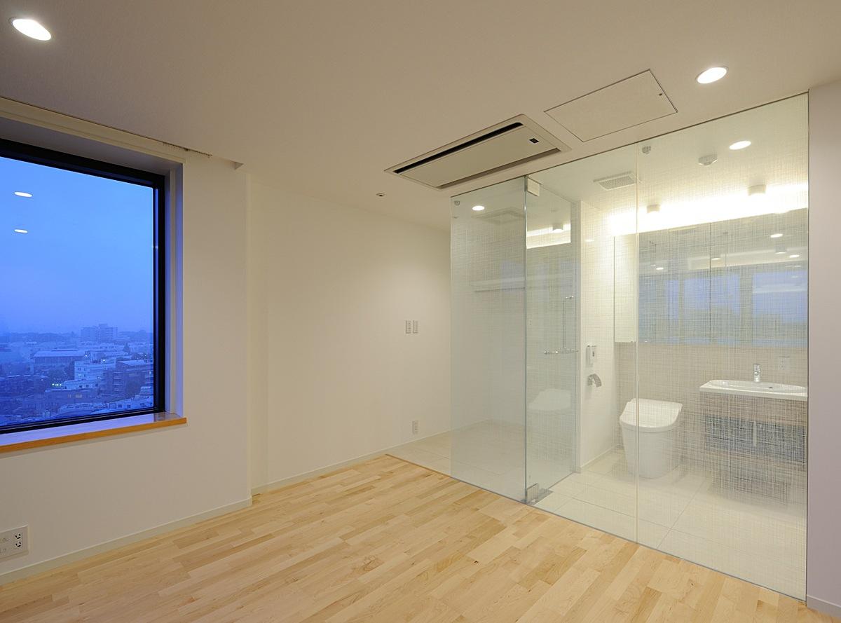 bedroom overlooking the bath room