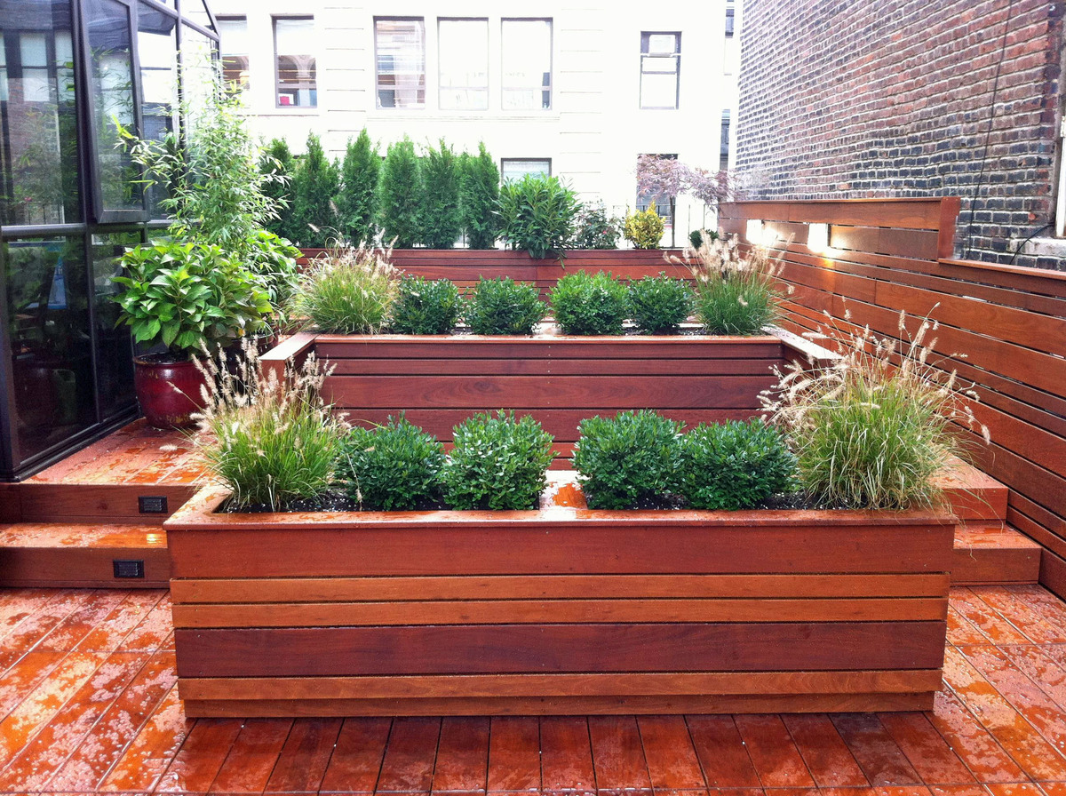 Nyc landscape design gramercy park rooftop terrace for New build home garden design