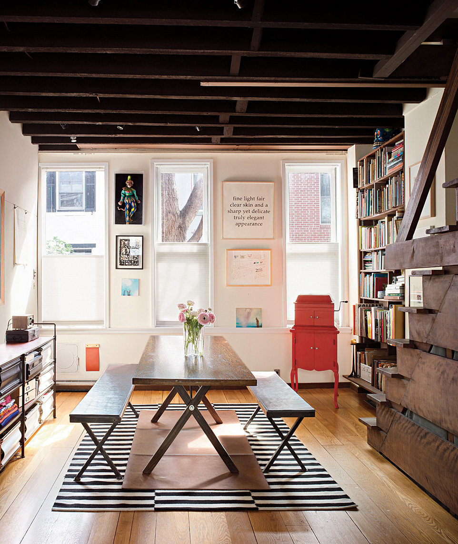 The first-floor dining area, adjacent to the kitchen. Annie Schlechter