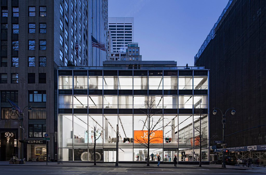 Architecture Merit Award Winner: 510 Fifth Avenue Renovation and Adaptive Reuse in New York, NY by Skidmore, Owings & Merrill (Image Credit: SOM | © Eduard Hueber / archphoto)