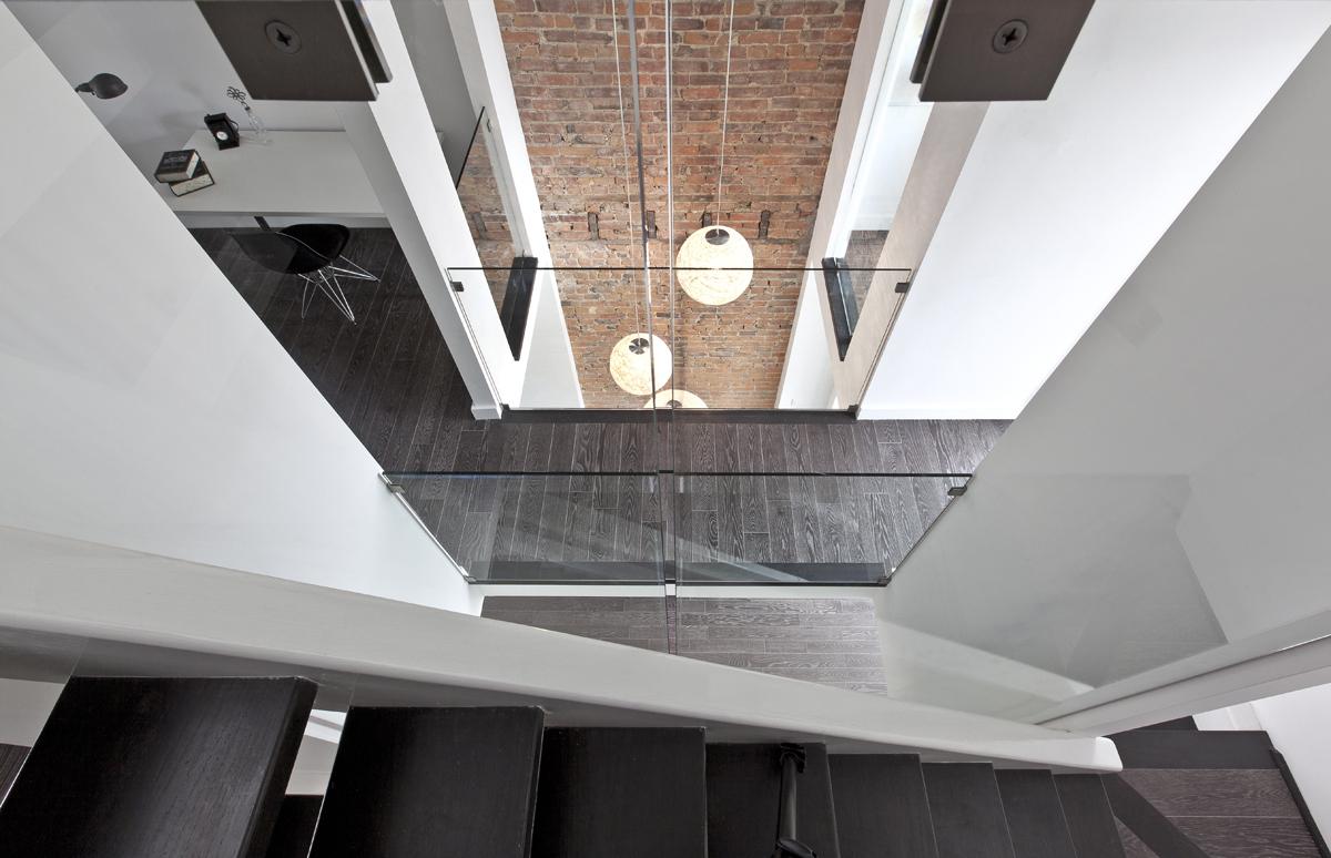 Access to attic