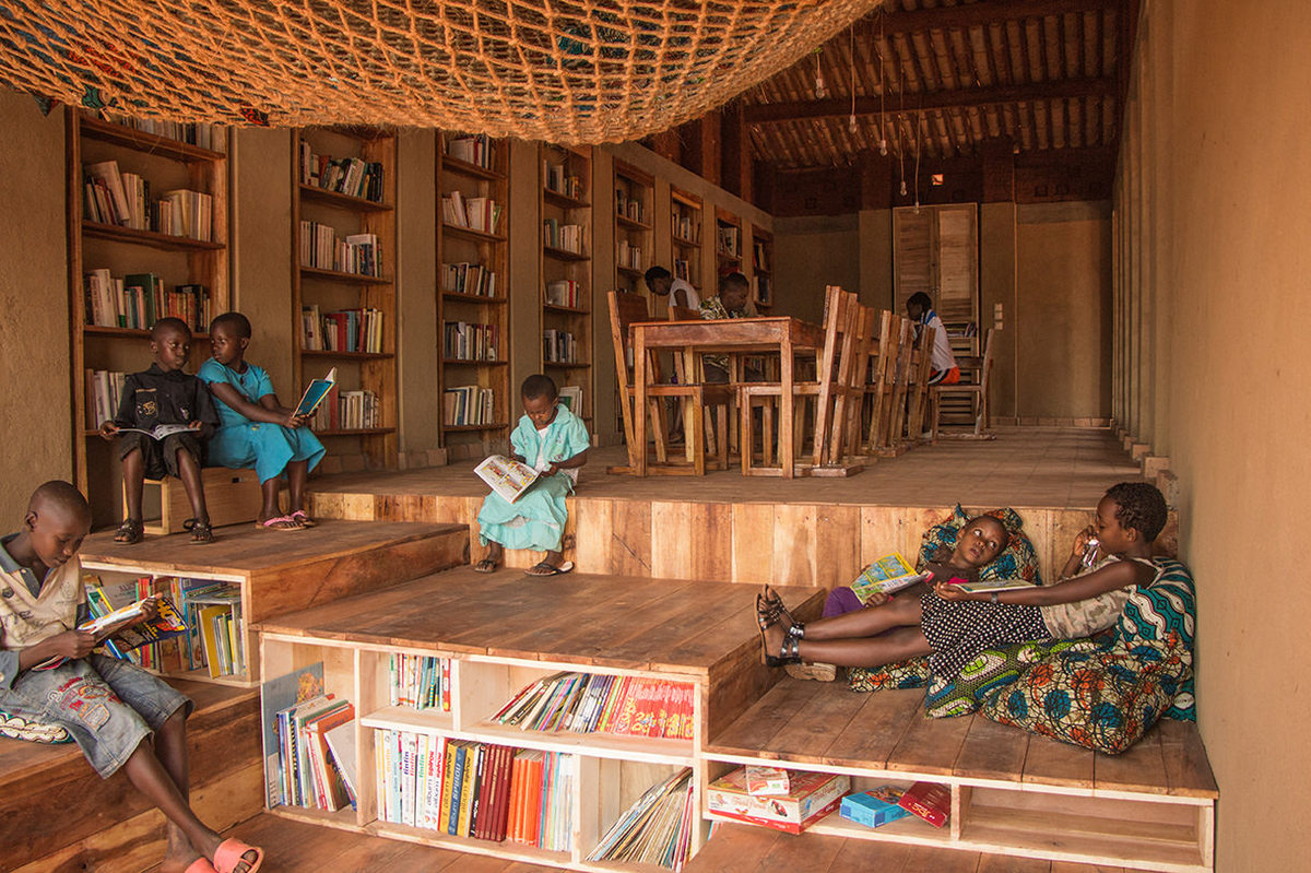 Photo of Library of Muyinga courtesy of BC architects and studies