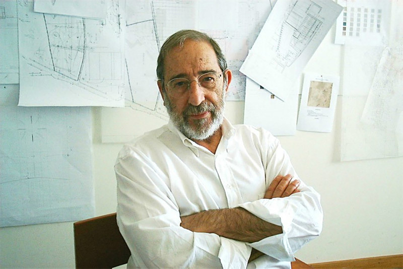 Winner of the Golden Lion for Lifetime Achievement of the 13th International Architecture Exhibition: Portuguese architect Álvaro Siza Vieira (Image: Álvaro Siza office)