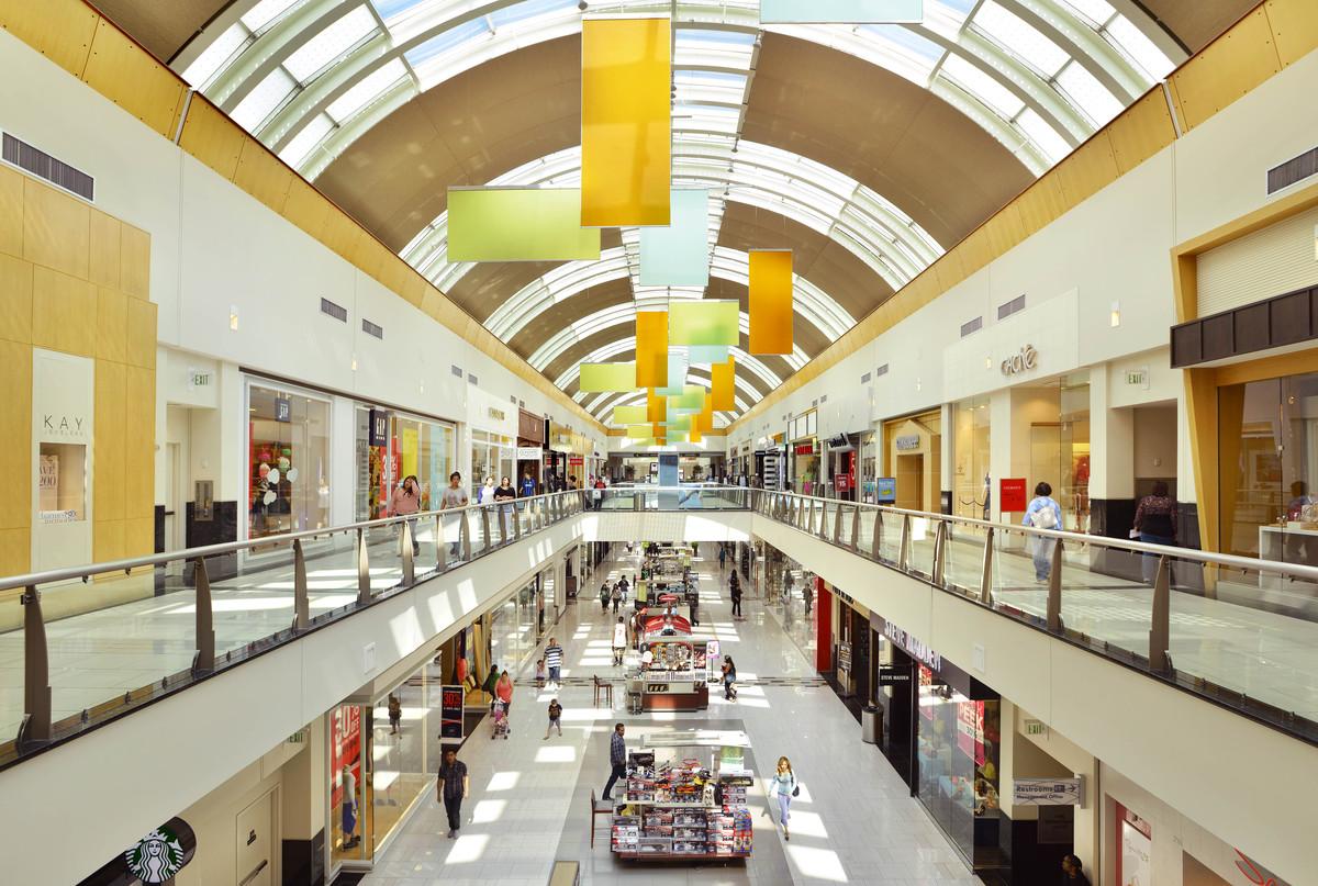 Northridge Ca Mall Food Court