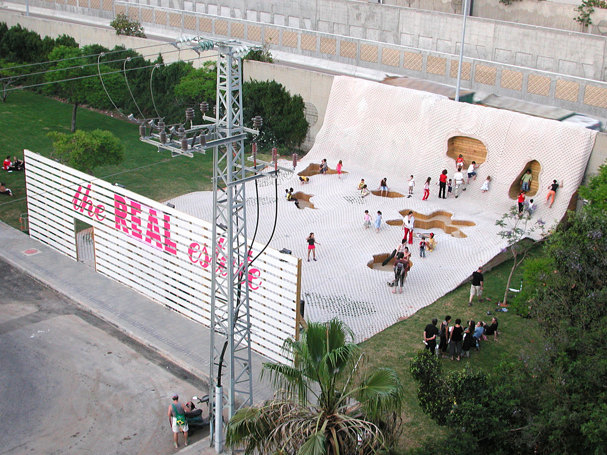 vertical public park at the edge of the city