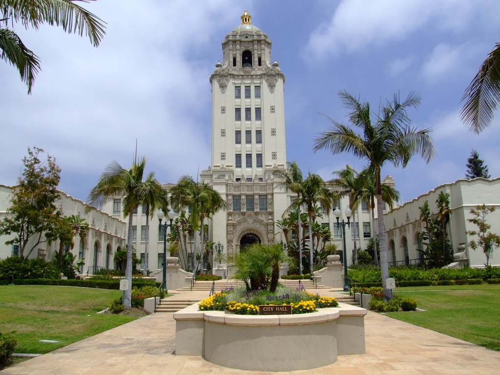 Beverly Hills city hall, image via FilmTalk blog.
