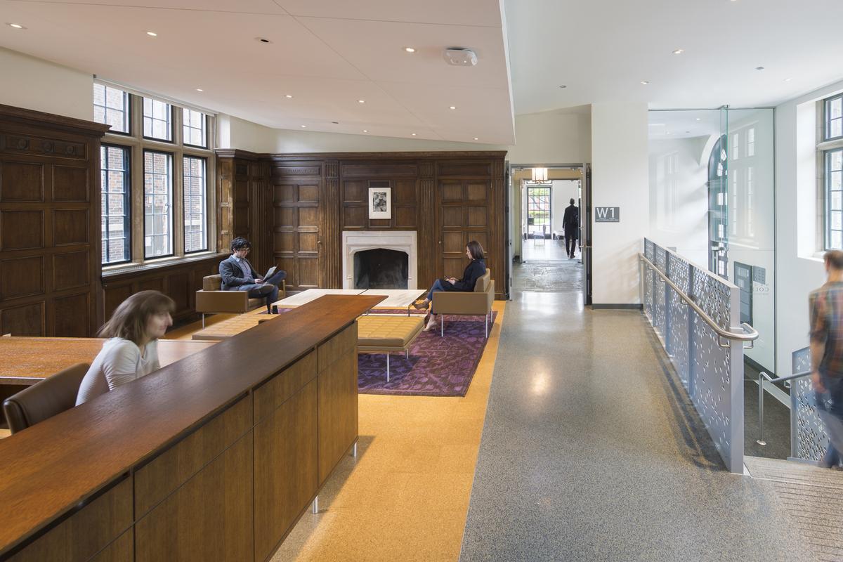 Photo courtesy of Kliment Halsband Architects, copyright Tom Rossiter