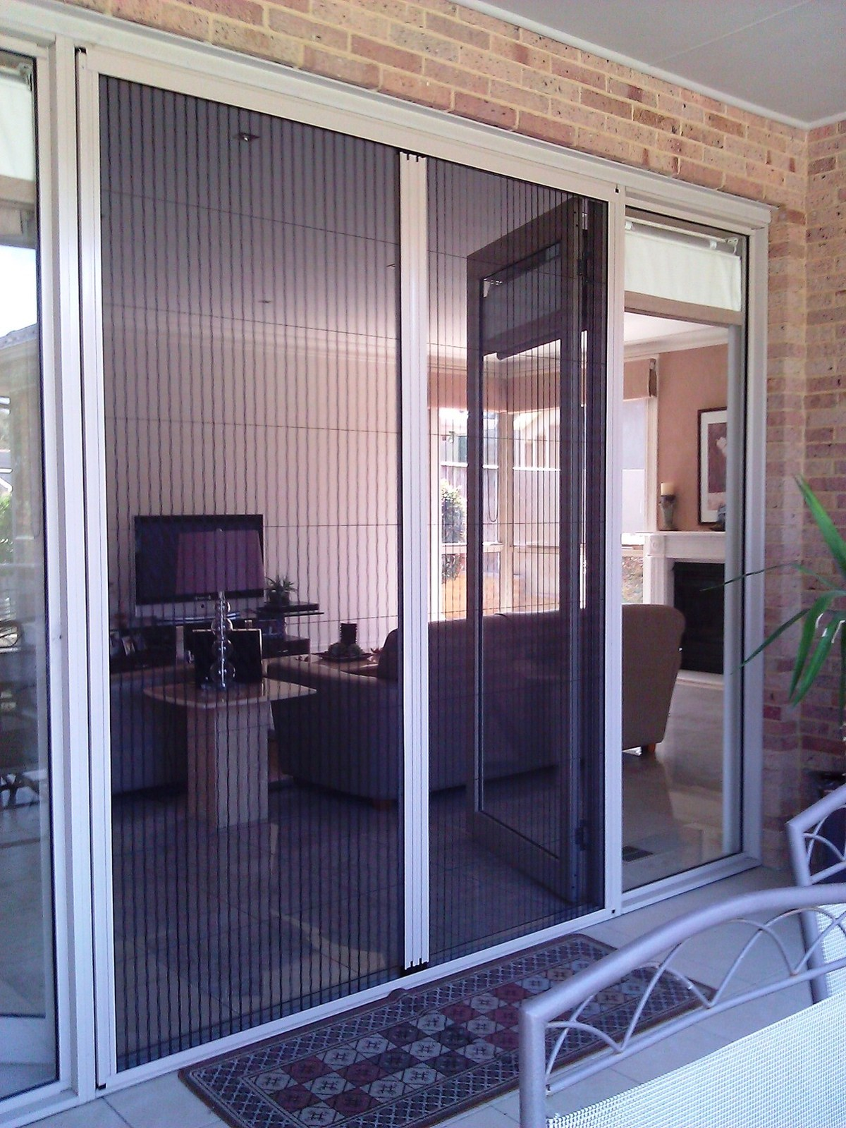 Retractable screen doors serdal deveci archinect for What is the best retractable screen door