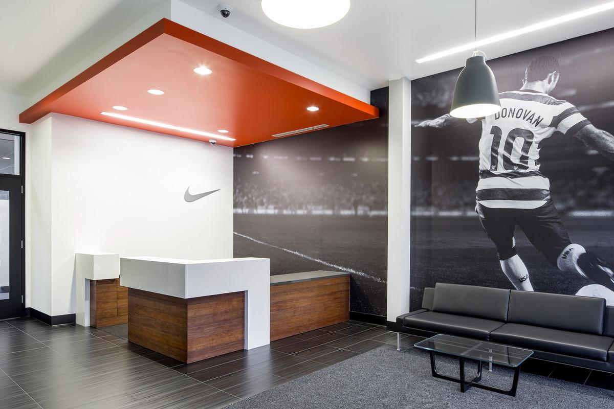 Nike World Headquarters Millikan Way Tenant Improvement Orangewallstudios Architecture
