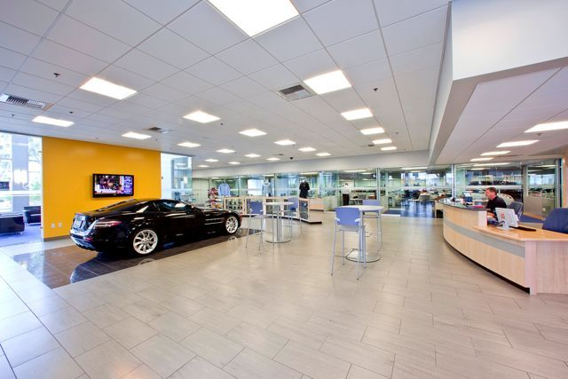Mercedes benz of beverly hills service center roberta for Mercedes benz rockville centre service