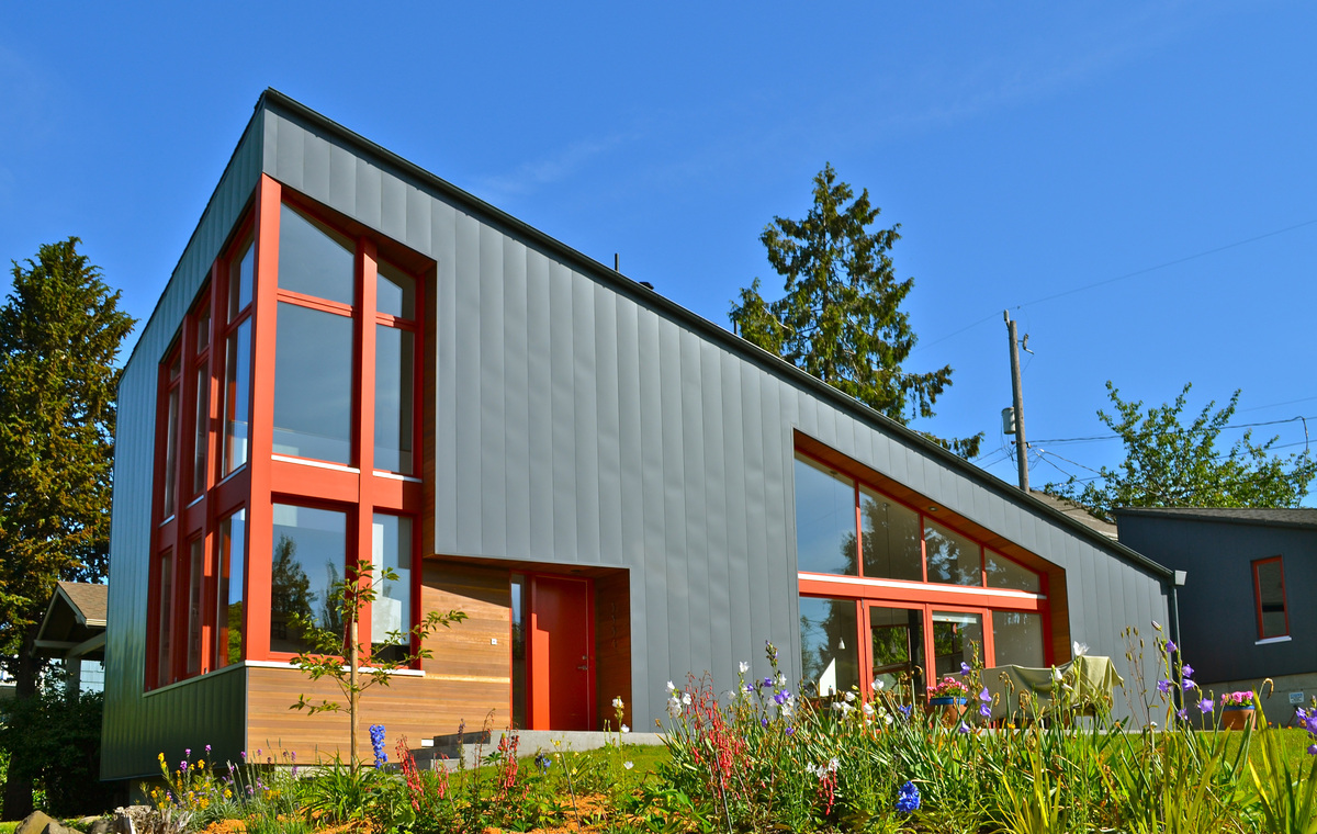 The burke gilman house paul michael davis design archinect for Modern homes with metal roofs