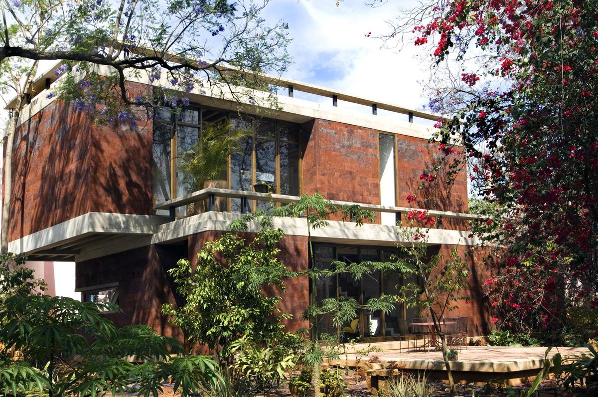 Casa estudio taller de arquitectura by taller mauricio - Arquitectura de casas ...