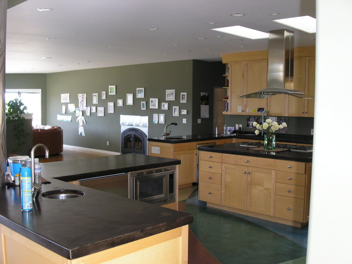 Kitchen looking to Family room