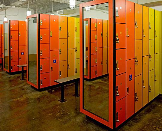 4Y - Locker Room