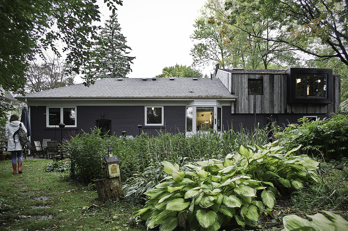 Eden House in Mississauga, ON by the practice of everyday design and Melanie Morris