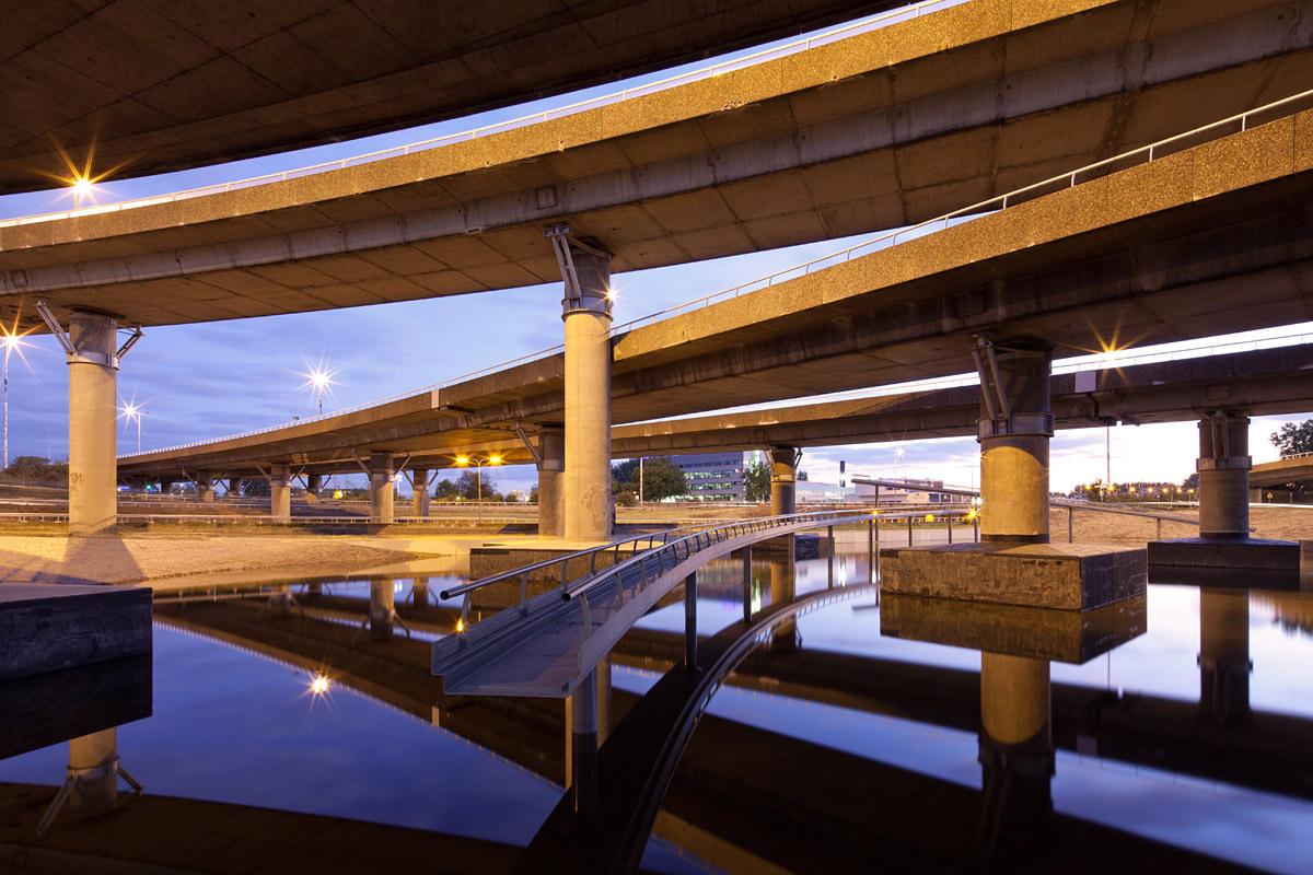 Art project and water storage, designer: Observatorium, 2011, Rotterdam © Ossip van Duivenbode