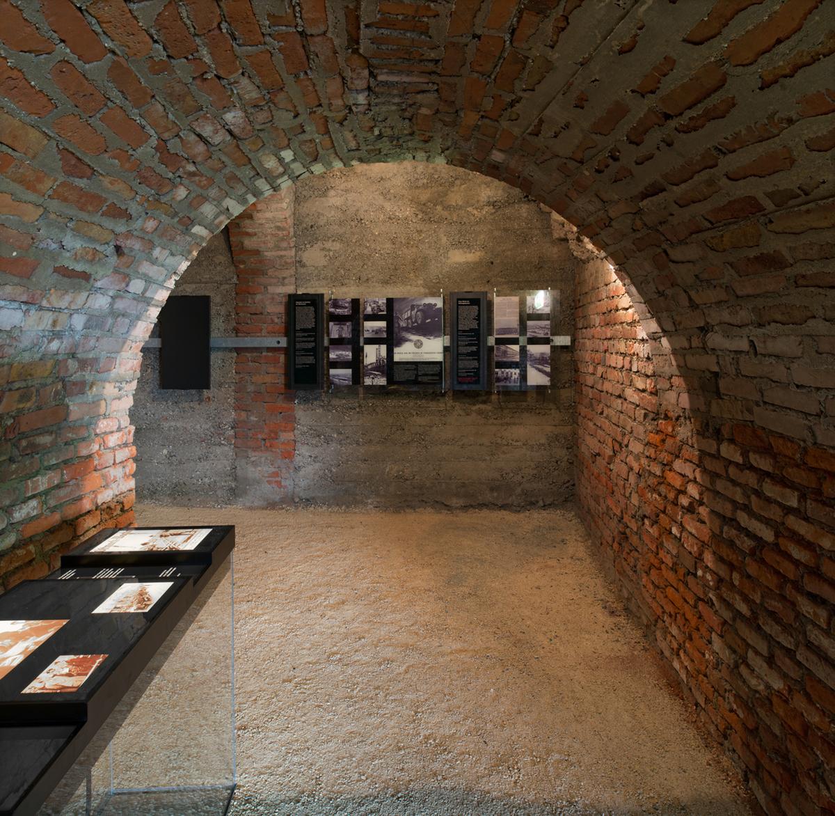 Steyr works: destination of entrance movement