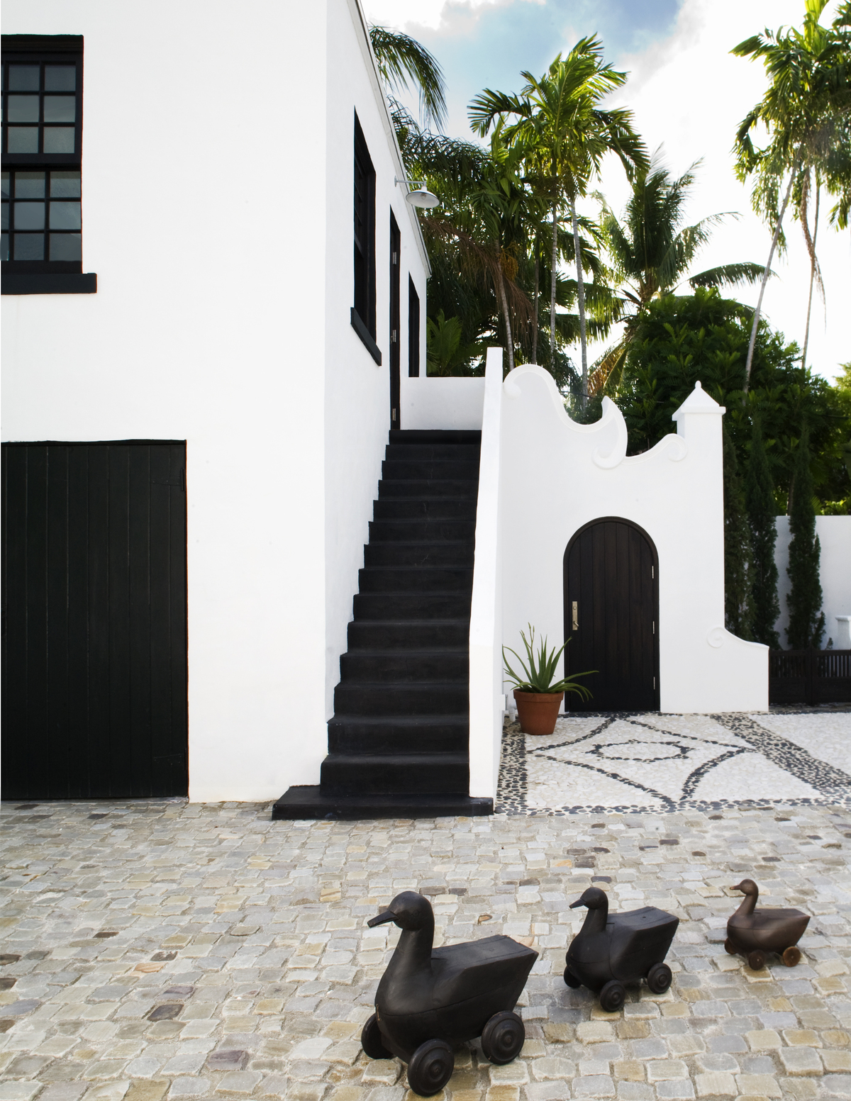 Cottage, Cape Dutch House, Photo by Ariela Grossman