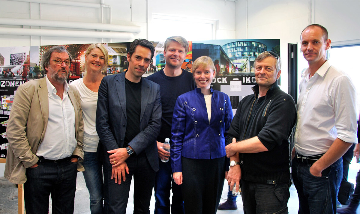 From left to right: Frank Birkebæk (Roskilde Museum / Danish Rock Museum), Lena Bruun (Danish Rock Museum), Jacob van Rijs (MVRDV architects), Dan Stubsgaard (COBE architects), Joy Mogensen (Mayor of Roskilde), Henrik Rasmussen (Roskilde / Roskilde Group), Jesper Oland-Elkjaer (Roskilde University); Photographer: Andreas Lindqvist