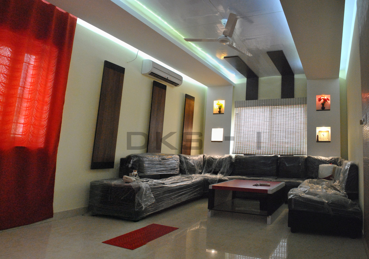 Interior design for mr prasath residence at bollineni for Interior design for living room chennai