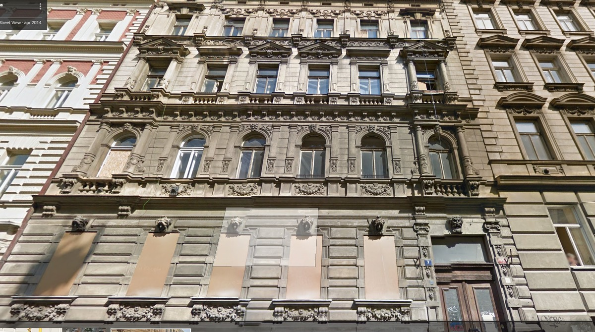 Can you help me describe this building in prague for Help me build a house