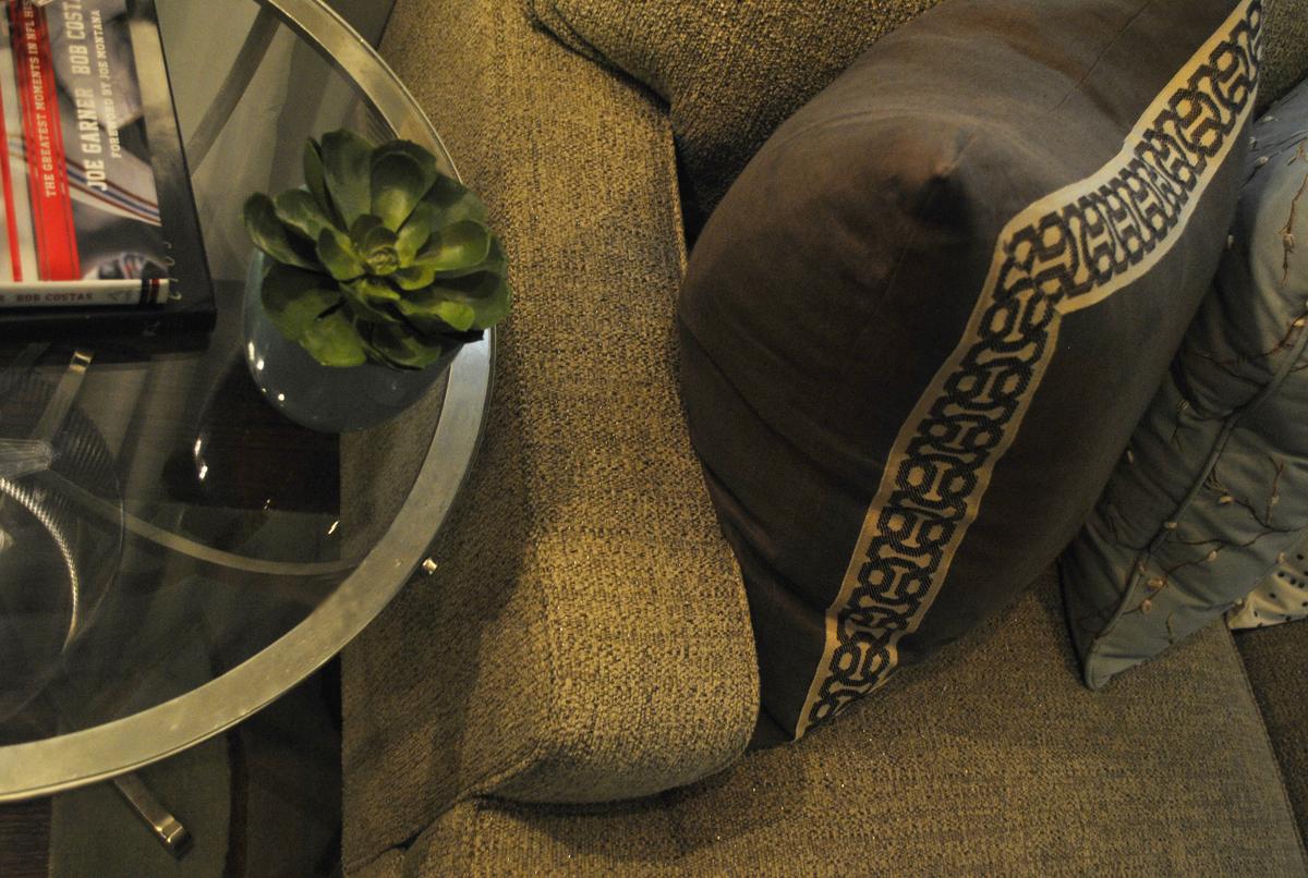 Interior redesign of miami beach residence erika soza for Interior redesign