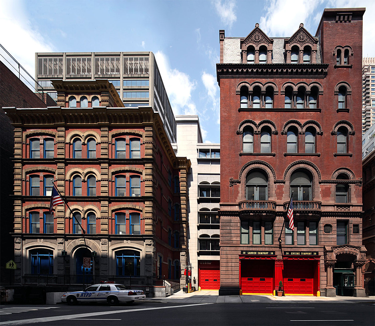 Combined police fire facility new york new york for New york architecture firms