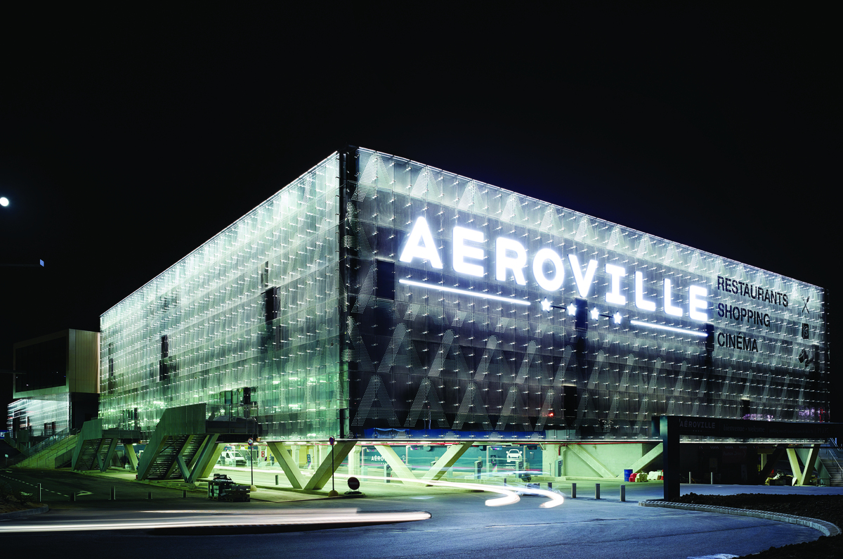 Aeroville vs a facade engineering archinect - Roissy centre commercial ...
