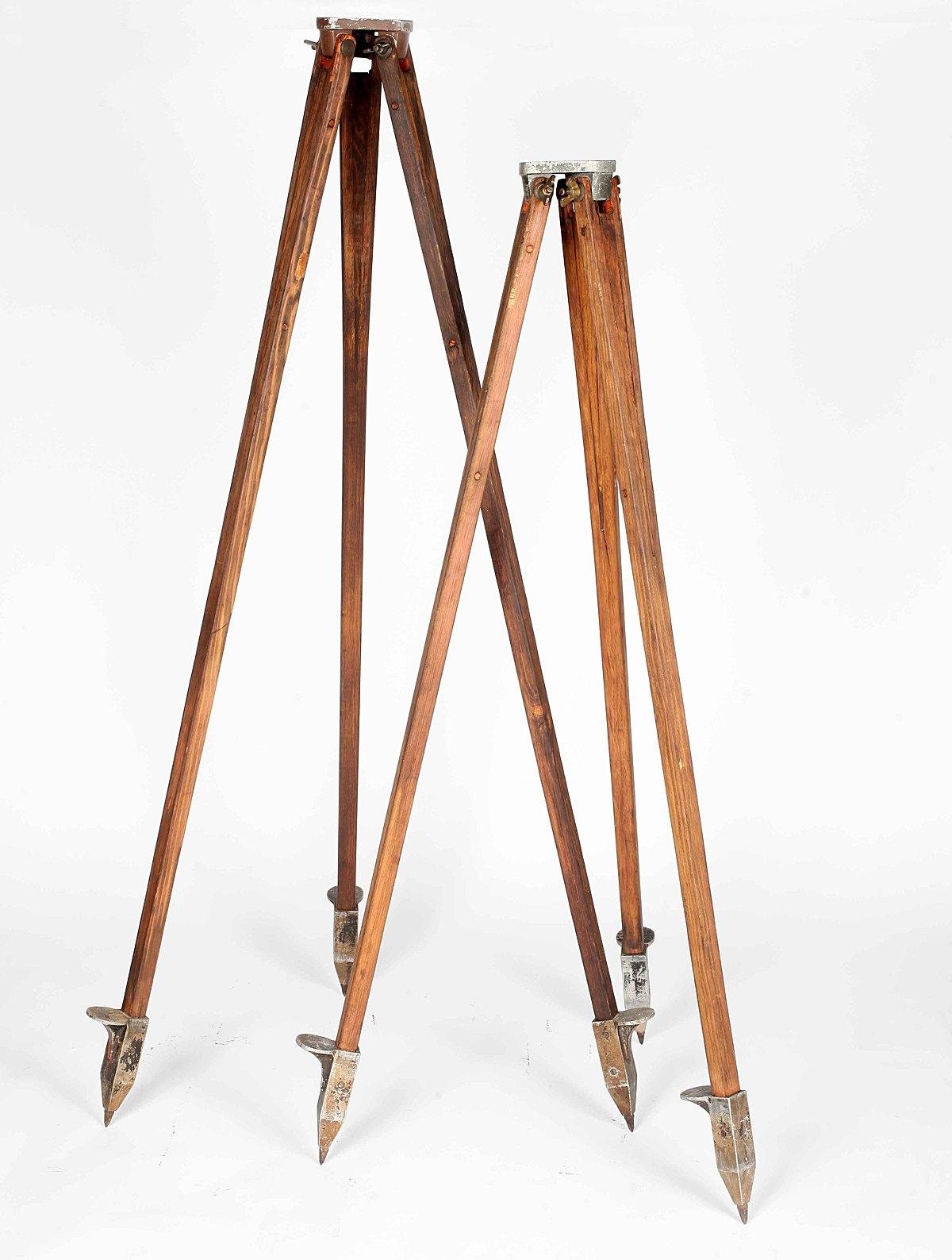 Tripod Lamp Elias Kababie Kamhagi Archinect