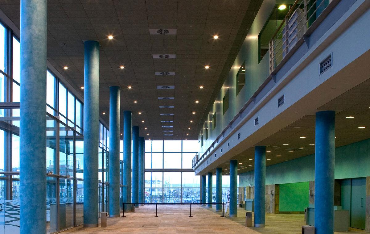 A coru a convention exhibition center ricardo bofill - Arquitectura de interiores coruna ...