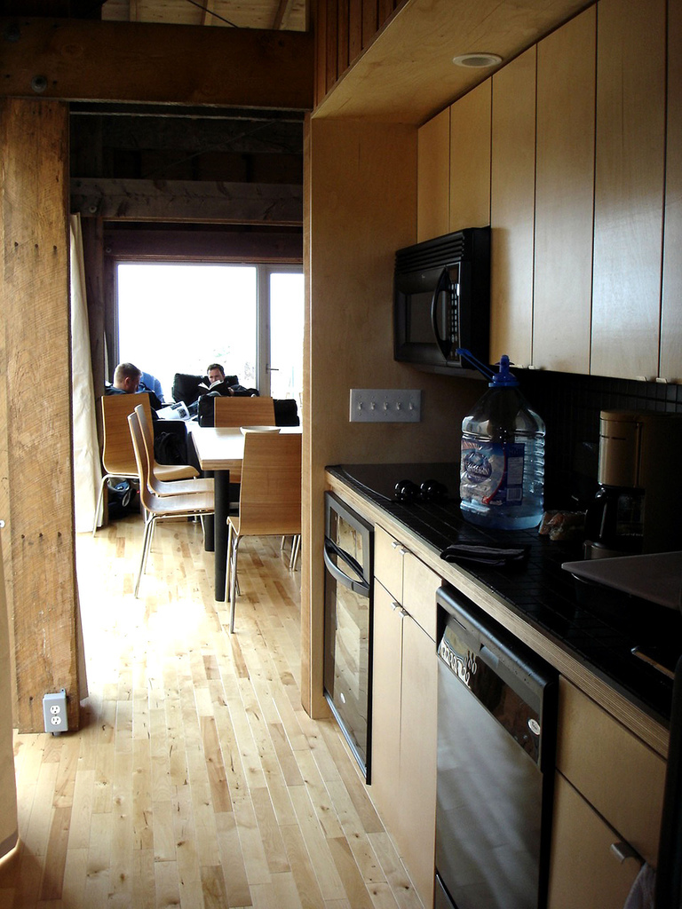 mosher cottage kitchenette
